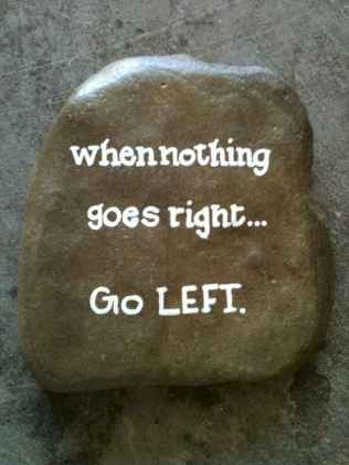 35 Awesome Painted Rocks Quotes Design Ideas (23)