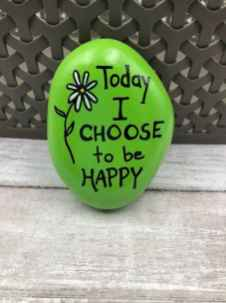 35 Awesome Painted Rocks Quotes Design Ideas (26)