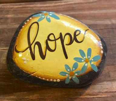 35 Awesome Painted Rocks Quotes Design Ideas (27)