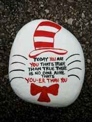 35 Awesome Painted Rocks Quotes Design Ideas (3)