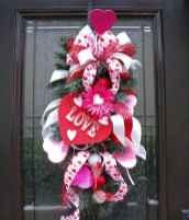 25 Easy DIY Valentines Wreath Ideas (26)