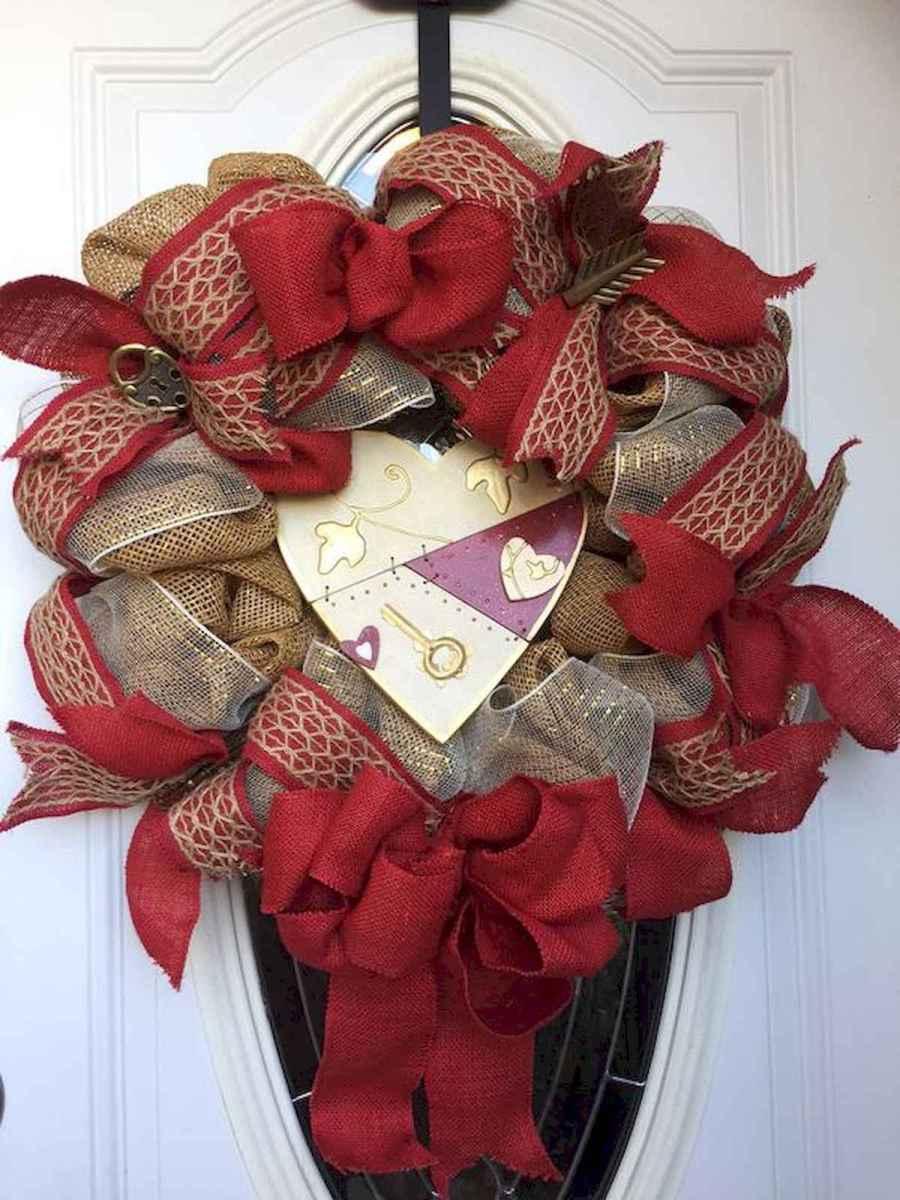 25 Easy DIY Valentines Wreath Ideas (27)