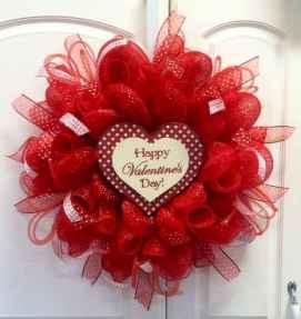 25 Easy DIY Valentines Wreath Ideas (46)