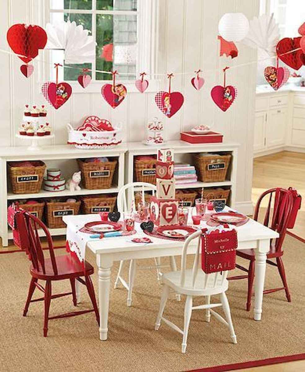 33 Best Beautiful Valentines Day Decorations Ideas (29)