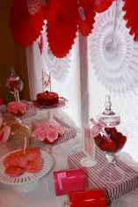 33 Best Beautiful Valentines Day Decorations Ideas (5)