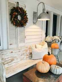 40 Awesome Farmhouse Porch Design Ideas And Decorations (18)