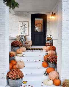 40 Awesome Farmhouse Porch Design Ideas And Decorations (32)
