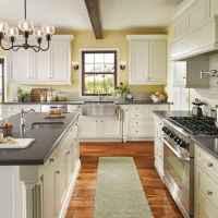 40 Best Farmhouse Kitchen Cabinets Design Ideas (26)