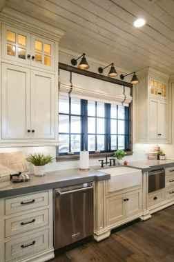 40 Best Farmhouse Kitchen Cabinets Design Ideas (38)