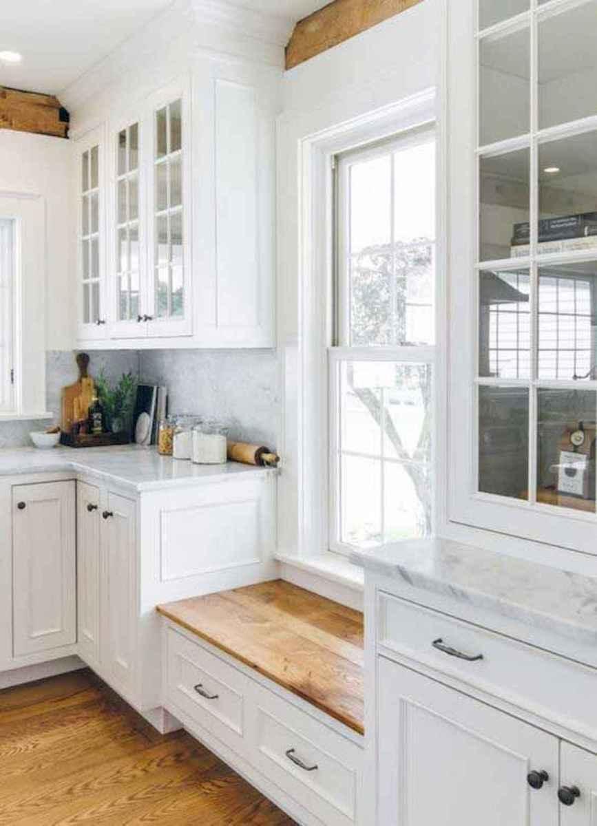 50 Best White Kitchen Design Ideas To Inspiring Your Kitchen (12)