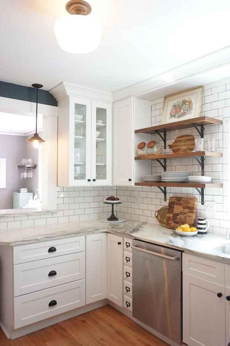 50 Best White Kitchen Design Ideas To Inspiring Your Kitchen (24)