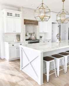 50 Best White Kitchen Design Ideas To Inspiring Your Kitchen (32)