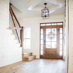 50 Stunning Farmhouse Entryway Design Ideas You Must Try In 2019 (6)