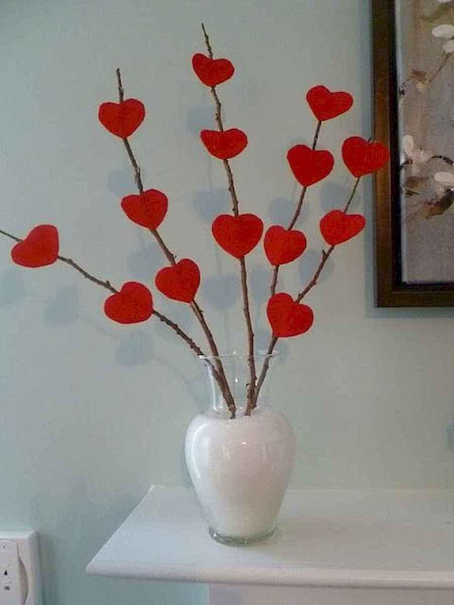 100 Easy DIY Valentines Decorations Ideas (76)