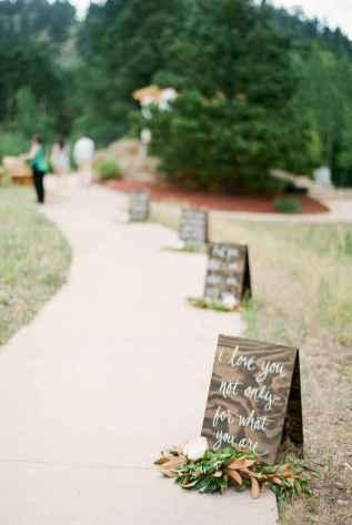 44 Stunning Backyard Wedding Decor Ideas On A Budget (34)