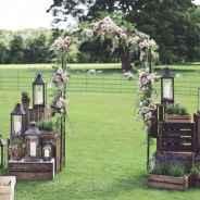 44 Stunning Backyard Wedding Decor Ideas On A Budget (38)