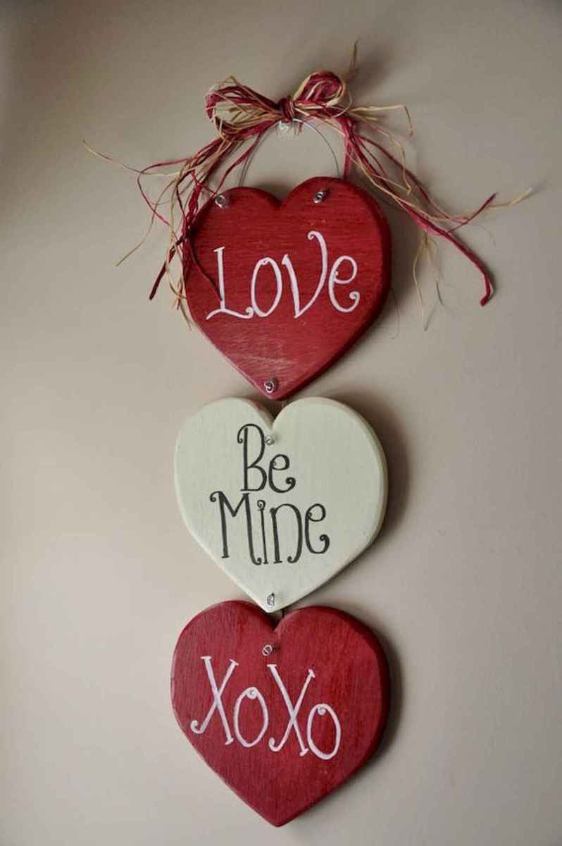 50 Romantic Valentines Day Decor Ideas (42)