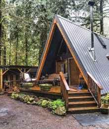 70 Fantastic Small Log Cabin Homes Design Ideas (21)