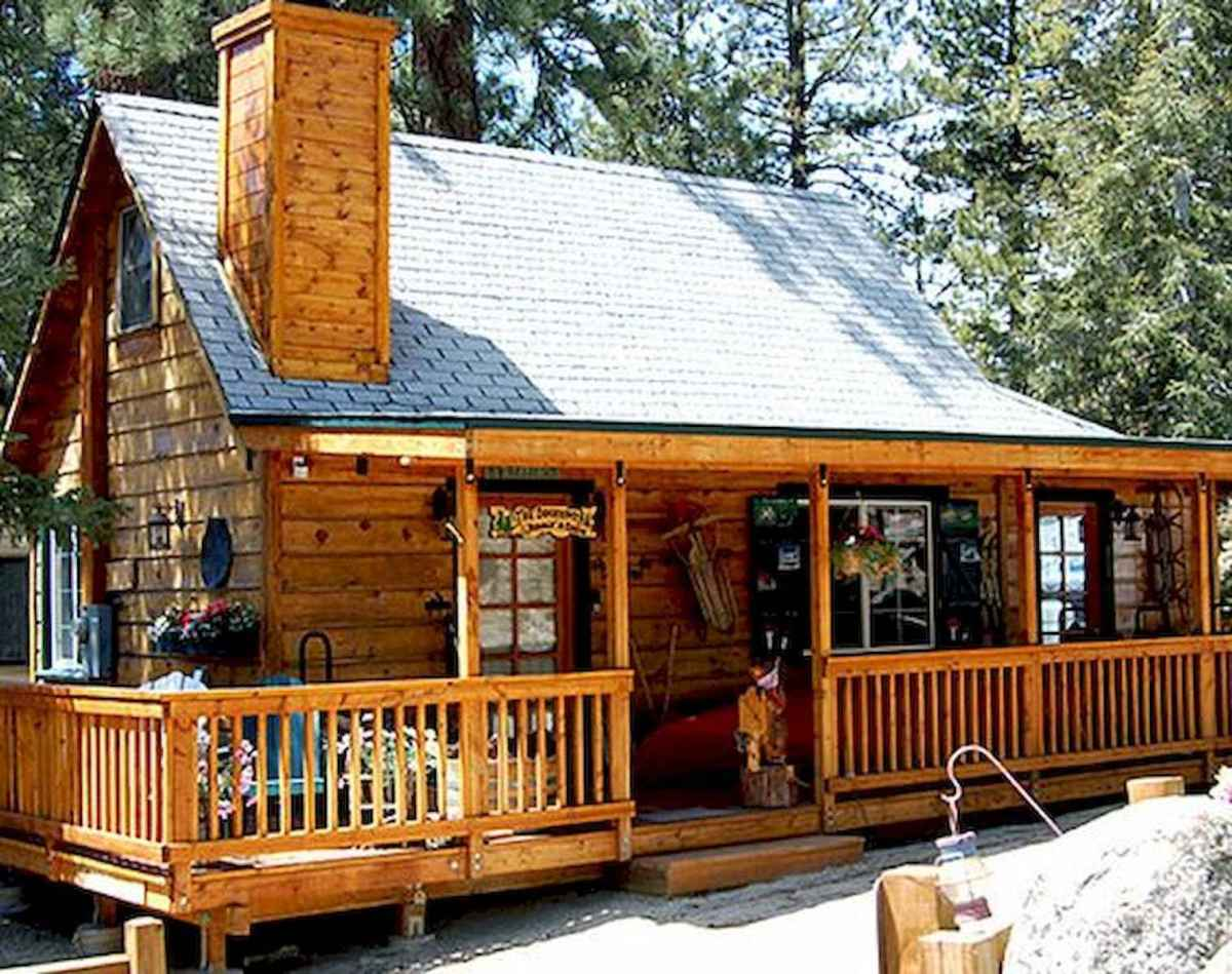 70 Fantastic Small Log Cabin Homes Design Ideas (24)