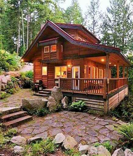 70 Fantastic Small Log Cabin Homes Design Ideas (30)