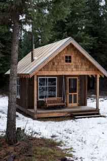 70 Fantastic Small Log Cabin Homes Design Ideas (57)