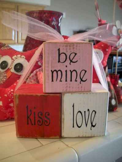 75 Romantic Valentines Day Crafts Design Ideas (21)