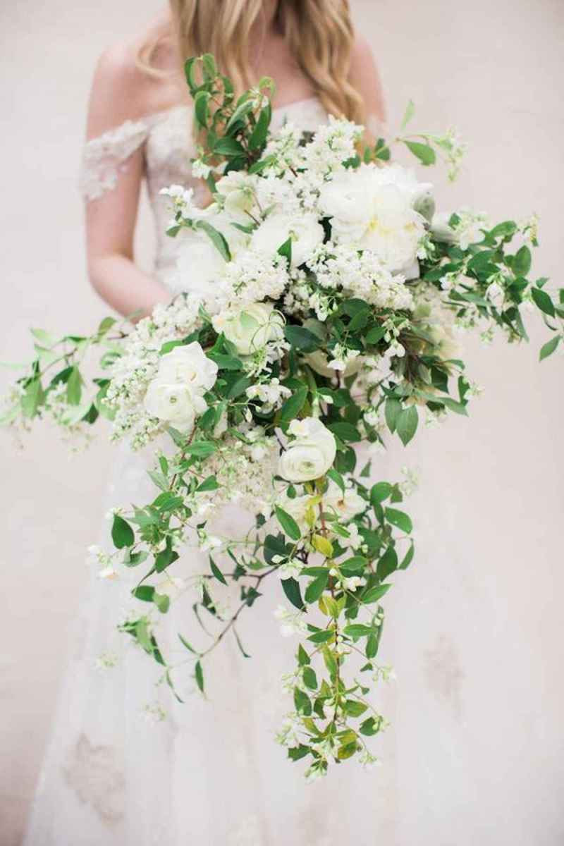 50 Beautiful Spring Bridesmaid Bouquets for Wedding Ideas (13)