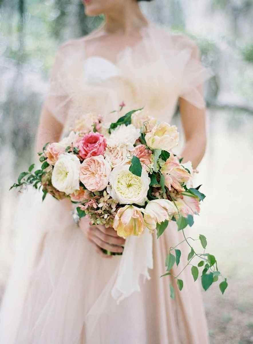 50 Beautiful Spring Bridesmaid Bouquets for Wedding Ideas (24)