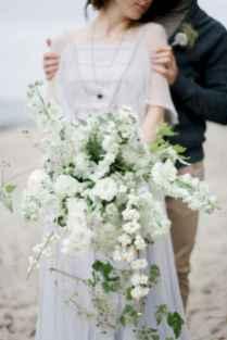 50 Beautiful Spring Bridesmaid Bouquets for Wedding Ideas (31)