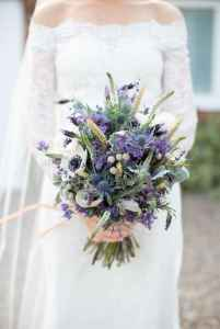 50 Beautiful Spring Bridesmaid Bouquets for Wedding Ideas (7)