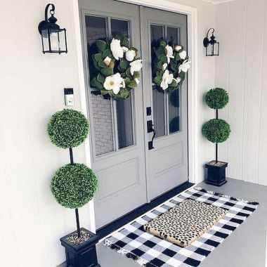 50 Beautiful Spring Decorating Ideas for Front Porch (12)