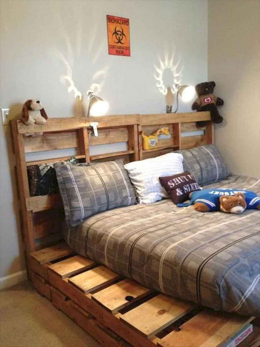 50 Creative Recycled DIY Projects Pallet Beds Design Ideas (22)