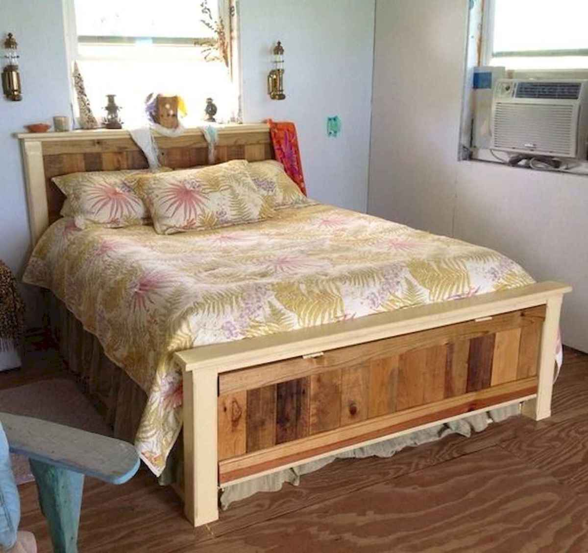 50 Creative Recycled DIY Projects Pallet Beds Design Ideas (31)