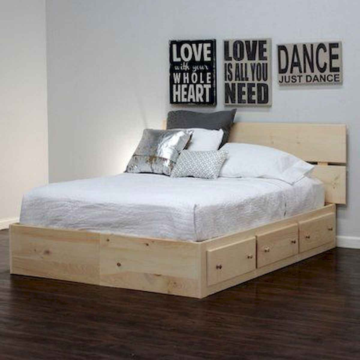50 Creative Recycled DIY Projects Pallet Beds Design Ideas (4)
