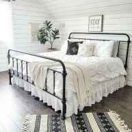50 Favorite Bedding for Farmhouse Bedroom Design Ideas and Decor (13)