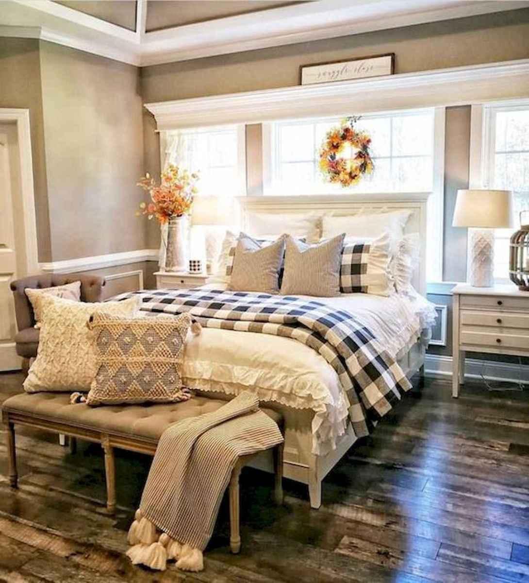 50 Favorite Bedding for Farmhouse Bedroom Design Ideas and Decor (27)