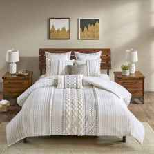 50 Favorite Bedding for Farmhouse Bedroom Design Ideas and Decor (29)