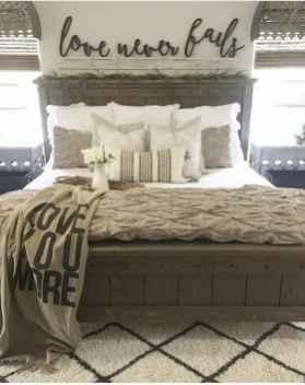 50 Favorite Bedding for Farmhouse Bedroom Design Ideas and Decor (37)