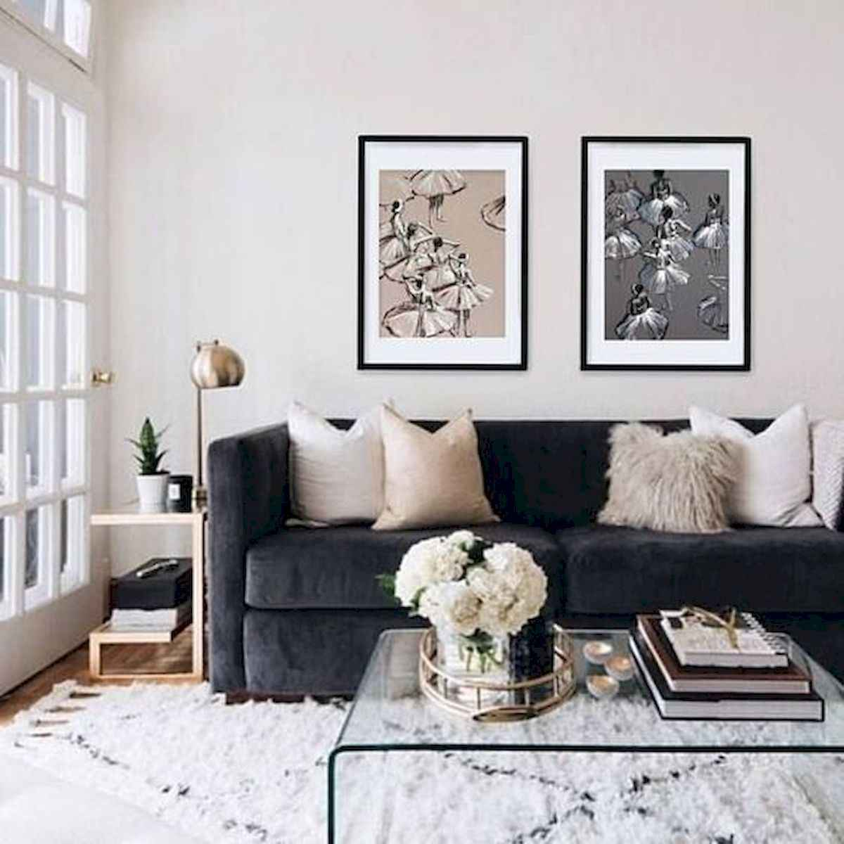50+ Genius Small Living Room Decor Ideas And Remodel for Your First Apartment (43)