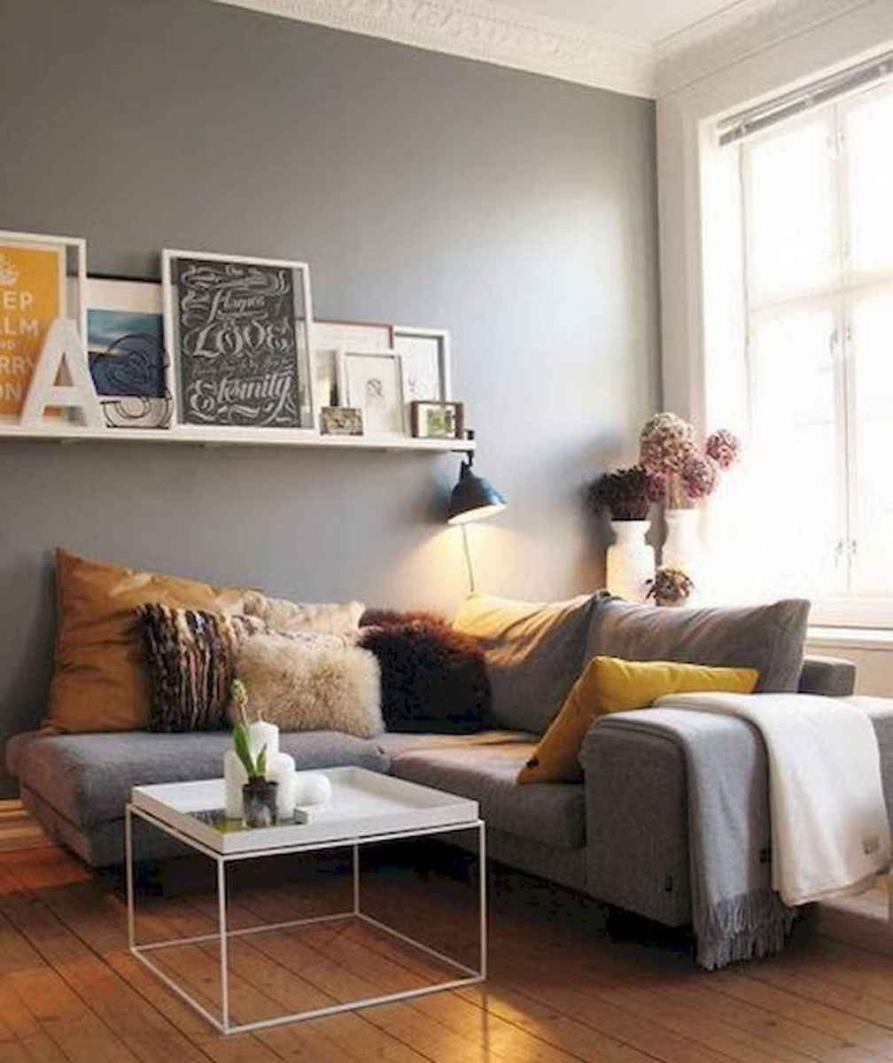 50+ Genius Small Living Room Decor Ideas And Remodel for Your First Apartment (48)