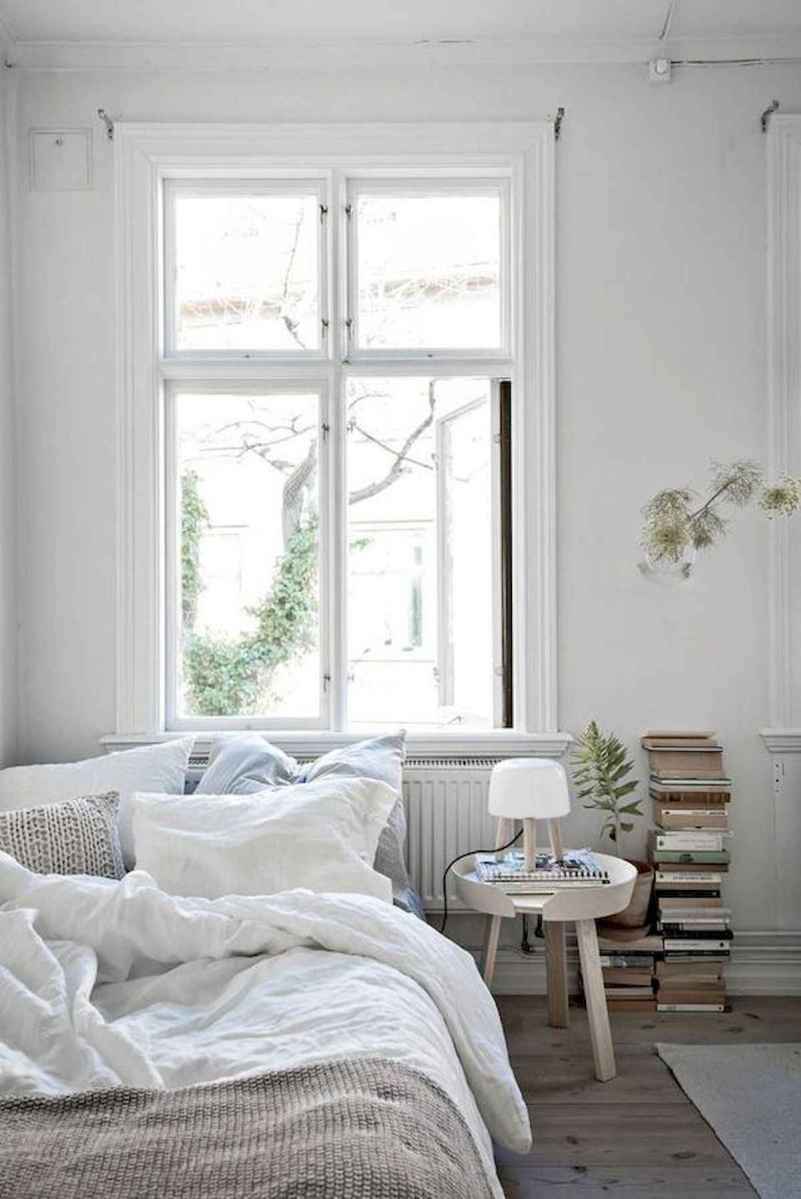 50 Stunning Small Apartment Bedroom Design Ideas and Decor (30)