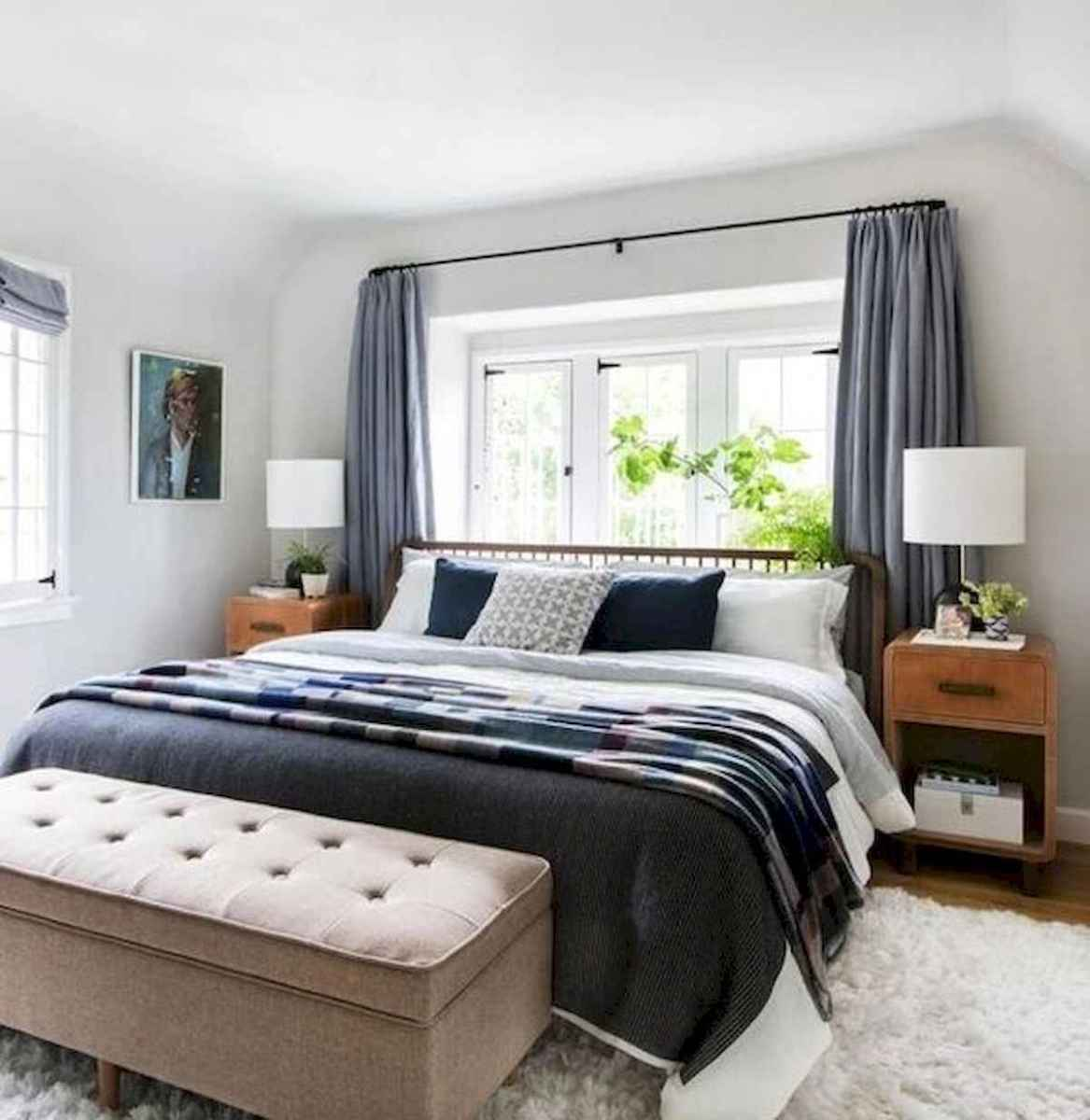 50 Stunning Small Apartment Bedroom Design Ideas and Decor (37)