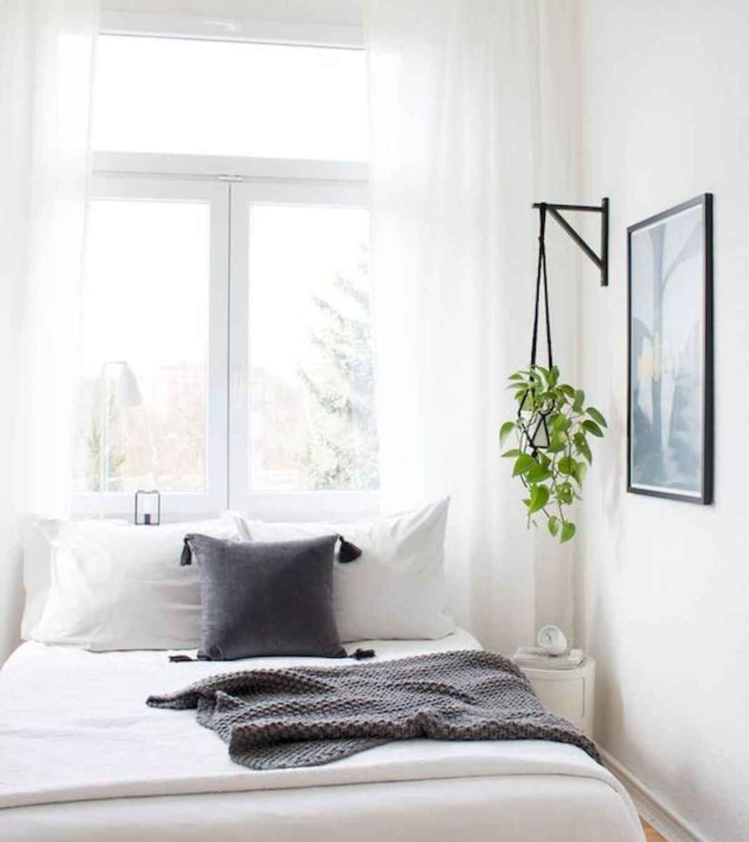 50 Stunning Small Apartment Bedroom Design Ideas and Decor (6)
