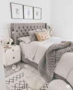 60 Adorable Modern Farmhouse Bedroom Design Ideas and Decor (48)