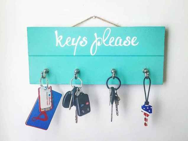 60 Fantastic DIY Projects Pallet Key Rack Design Ideas (58)