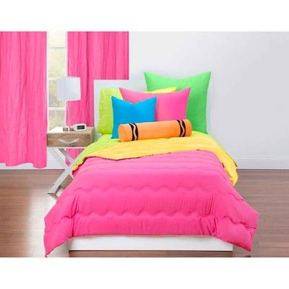 70+ Amazing Colorful Bedroom Decor Ideas And Remodel for Summer Project (20)