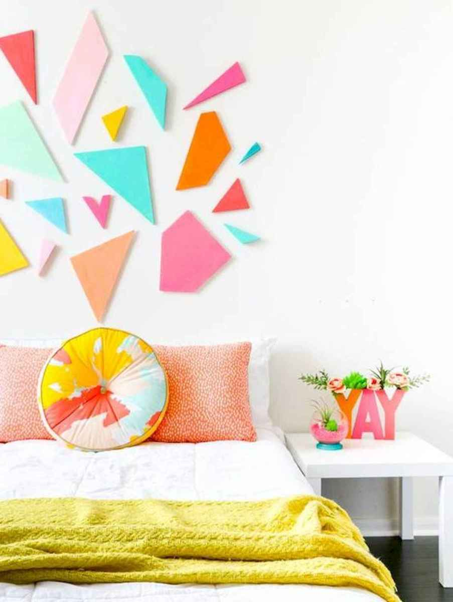 70+ Amazing Colorful Bedroom Decor Ideas And Remodel for Summer Project (23)