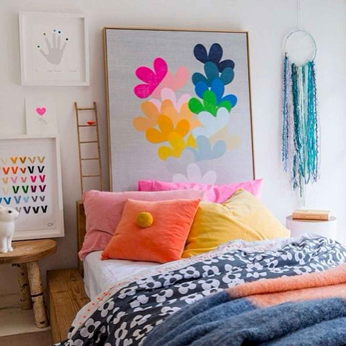 70+ Amazing Colorful Bedroom Decor Ideas And Remodel for Summer Project (58)