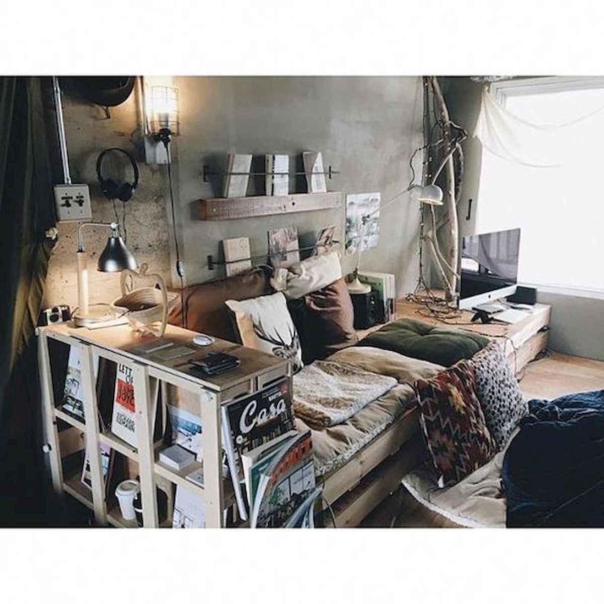 80 Fantastic Small Apartment Bedroom College Design Ideas and Decor (29)