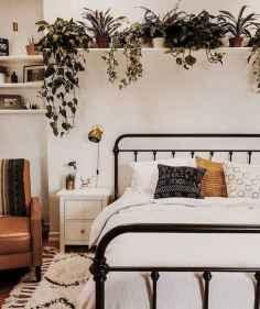 80 Fantastic Small Apartment Bedroom College Design Ideas and Decor (47)